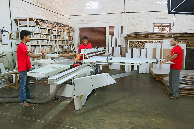 rolling shutter manufacturers in mangalore